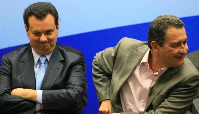 O governador Rui Costa e o ministro Gilberto Kassab durante solenidade de assinatura de convênios - Foto: Lúcio Távora | Ag. A TARDE
