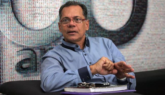 Ex-prefeito entrou com representação no MPT contra cobrança para os trabalhadores - Foto: Raul Spinassé   Ag. A TARDE