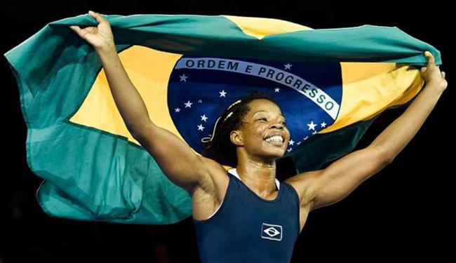 A conquista de Joice Silva, na categoria até 58kg, veio exatamente sobre uma cubana - Foto: AP
