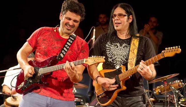Marco André e Pepeu Gomes se apresentam juntos no Conexão Brasil - Foto: Alexandre Moreira | Divulgação