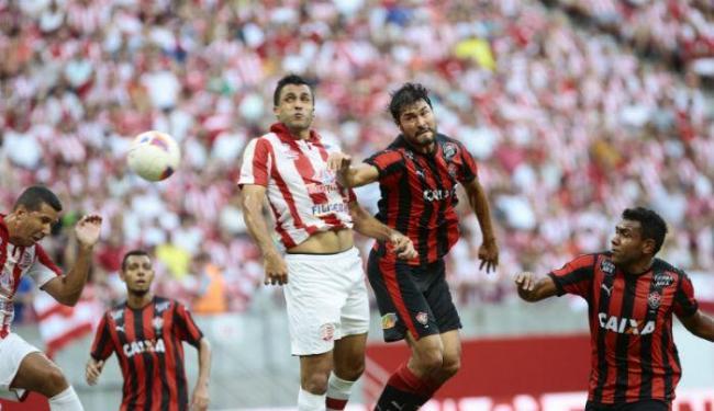 Náutico bate Vitória e assume o terceiro lugar. Leão está em quarto - Foto: André Nery   JC Imagem   Estadão Conteúdo