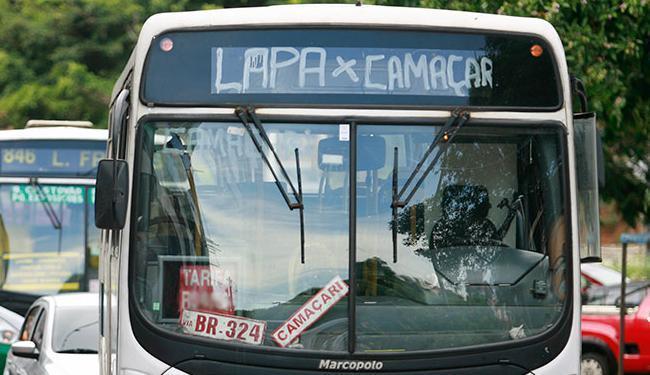 O reajuste da tarifa de 8,9, entrou em vigor para os ônibus metropolitanos da Grande Salvador - Foto: Joá Souza | Ag. A TARDE