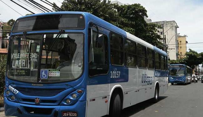 Vítimas de roubo a ônibus reconheceram criminoso quando foram prestar queixa - Foto: Mila Cordeiro | Ag. A TARDE