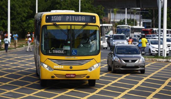 Linhas de ônibus são destinadas a três áreas da capital baiana segundo a prefeitura - Foto: Fernando Vivas   Ag. A TARDE