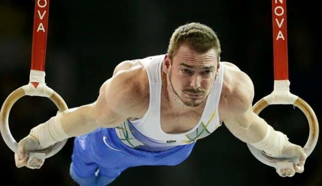 Arthur Zanetti conquistou medalha de ouro para o Brasil nas argolas - Foto: Associated Press