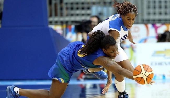 Cuba leva a melhor e com o placar de 66 a 62 conquista a medalha de bronze no basquete feminino no P - Foto: Matt Detrich-USA TODAY Sports | Reuters