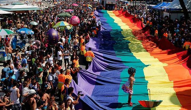 Transexuais e travestis sofrem preconceito no mercado de trabalho - Foto: Sergio Moraes   Agência Reuters