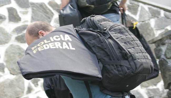 Policiais federais cumpriram 11 mandados de busca e apreensão na Bahia - Foto: Joá Souza | Ag. A TARDE