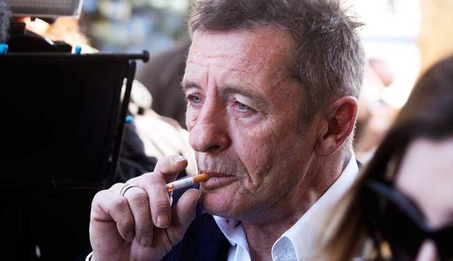 Rudd, de 61 anos, foi preso no sábado e mantido sob custódia até comparecer ao tribunal - Foto: Alan Gibson | AP Photo
