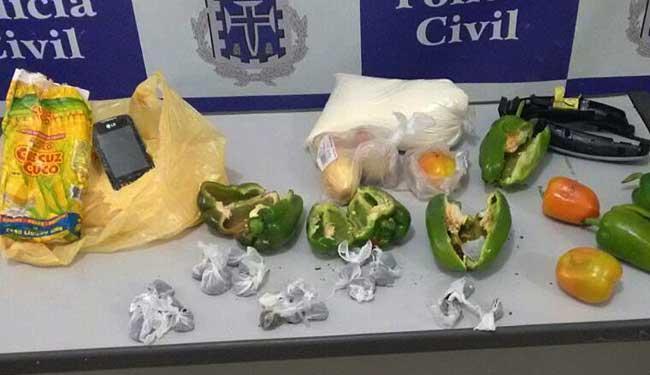 Celular estava dentro do pacote de flocos de milho - Foto: Ascom | Polícia Civil