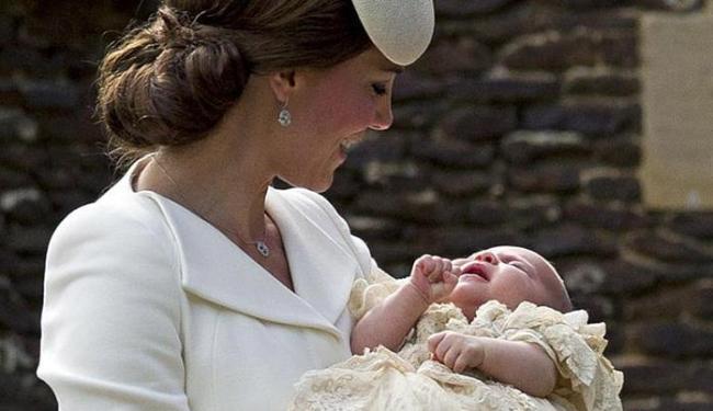 Esta foi a primeira aparição pública de toda a família desde nascimento de Charlotte, em maio - Foto: Getty Images