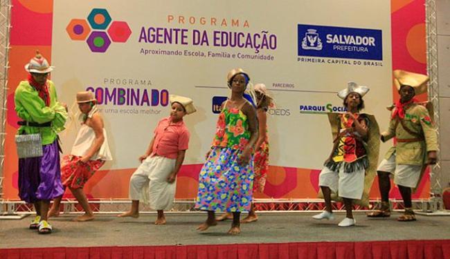 Lançamento contou com apresentação da Escola Maria Dolores, em Tancredo Neves - Foto: Luciano da Matta l Ag. A TARDE