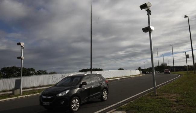 Tanto a multa quanto os pontos na carteira dos condutores autuados foram cancelados - Foto: Margarida Neide | Ag. A TARDE