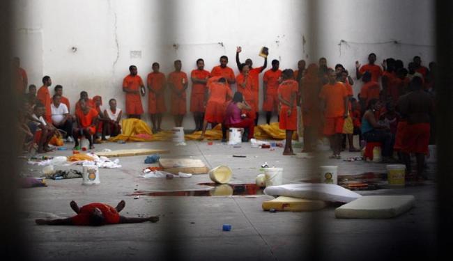 Foram expedidos 19 mandados de prisão - Foto: Luiz Tito | Ag. A TARDE