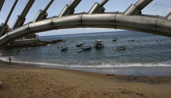 Praia do Rio Vermelho está entre as impróprias - Foto: Marco Aurélio Martins | Ag. A TARDE