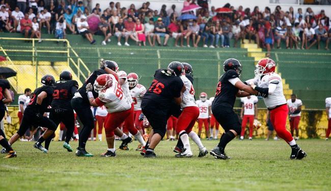 Impulsionado pela torcida, Rubro-Negro aposta em jogada contra os Bravos em Lauro de Freitas - Foto: Edilson Lima | Ag. A TARDE