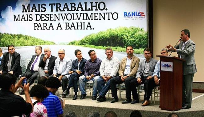 Evento reuniu governador, prefeitos de 150 municípios, deputados e secretários - Foto: Mila Cordeiro l Ag. A TARDE l 28.07.2015