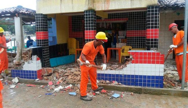 Conforme o órgão, as construções ocupavam a via pública - Foto: Divulgação | Sucom