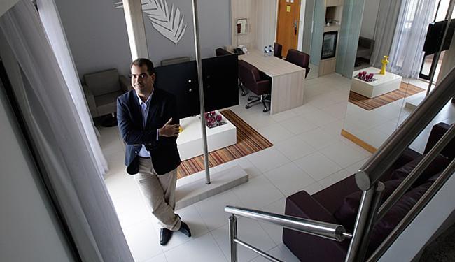 Sampaio, da Odebrecht Realizações Imobiliárias, ressalta que o principal diferencial é a praticidade - Foto: Raul Spinassé l Ag. A TARDE