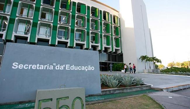 Dos funcionários não encontrados, 81 estão lotados na Secretaria de Educação - Foto: Joá Souza | Ag. A TARDE