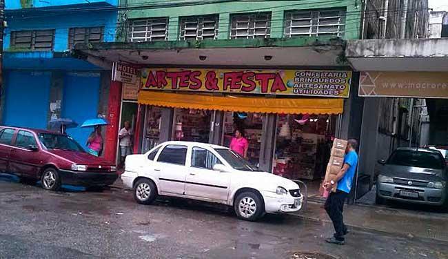 Estabelecimentos foram notificados pela prefeitura - Foto: Divulgação | Sucom