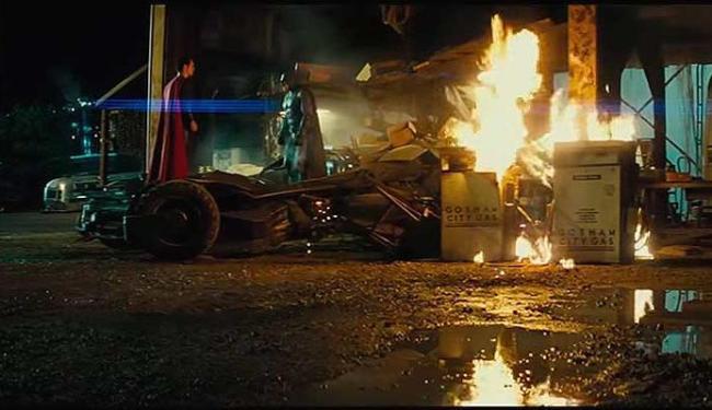 Batman e Superman ficam de lados opostos no novo filme do homem de aço - Foto: Reprodução