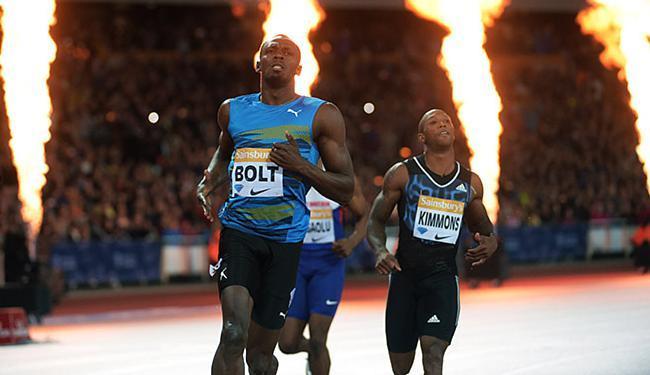Velocista jamaicano sobra na pista e vence na volta aos 100m - Foto: Kirby Lee-USA TODAY Sports l Reuters