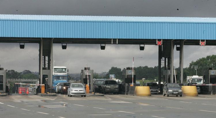 Via Bahia e ANTT foram condenadas por não ter concluído obras na BR-324 - Foto: Luciano da Matta | Ag. A TARDE