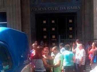 Acusado de matar afilhado foi apresentado na sede da Polícia Civil na Piedade - Foto: Reprodução