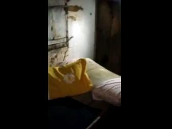 Imagem do cativeiro onde Arlethe ficou por 12 dias - Foto: Reprodução   Vídeo   YouTube