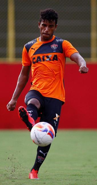 Diogo Mateus retorna após suspensão na rodada anterior - Foto: Eduardo Martins l Ag. A TARDE l 17.06.2015