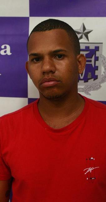 Ivo Gonçalves Barbosa foi preso por policiais da DRFRV - Foto: Fernando Amorim l Ag. A TARDE l 19.08.2015