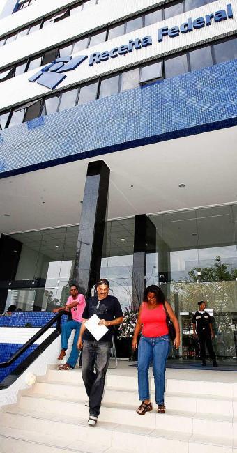 Paralisação afeta apenas serviços prestados por analistas-tributários - Foto: Luciano da Matta   Ag. A TARDE