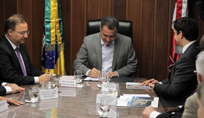 Documento assinado pelo governador amplia distribuição de medicamentos pela Bahiafarma - Foto: Raul Golinelli   GovBA