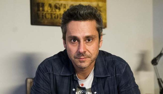 Alexandre Nero é o protagonista de A Regra do Jogo - Foto: Caiuá Franco | TV Globo