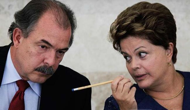 Ministro da Casa Civil, Aloízio Mercadante será um dos que vai se reunir com a presidente - Foto: Agência Reuters