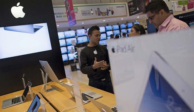 A Apple diz que vendeu 48 milhões de iPhones até junho - Foto: Danish Siddiqui   Reuters