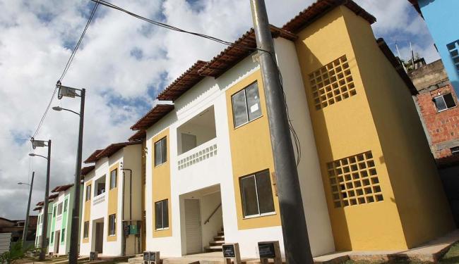 As novas moradias são divididas em 18 blocos, cada um com quatro unidades - Foto: Raul Golinelli | Govba