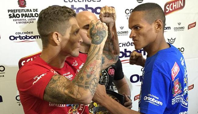 Menezes (E) e Reborn se encaram para a luta deste sábado - Foto: Luiz Dórea l Divulgação