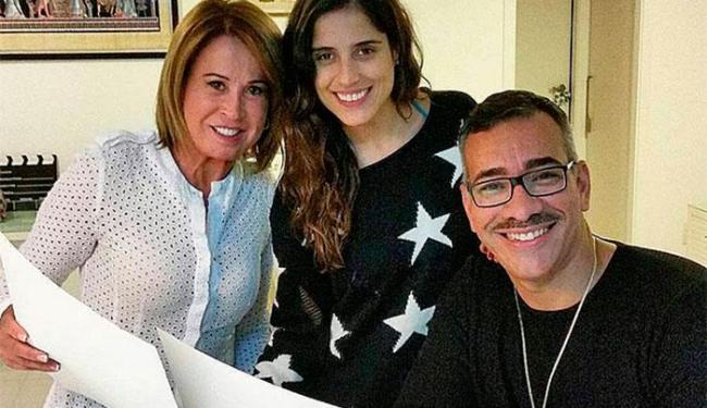 Zilu Godoi, Camilla e o carnavalesco da Imperatriz Cahê Rodrigues - Foto: Reprodução | Instagram