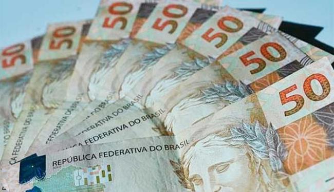 Caixa Econômica Federal e Banco do Brasil continuam a oferecer o crédito consignado normalmente - Foto: Marcello Casal | Agência Brasil