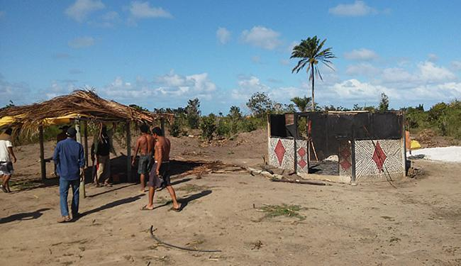 No lugar incendiado moravam Ricardo Xawã Pataxó, sua mulher Eriane Braz e a filha de 2 anos - Foto: Divulgação l Funai