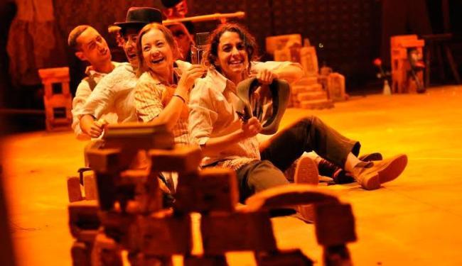 Espetáculo acontece sexta, sábado e segunda no Teatro Sesc-Senac Pelourinho, com entrada gratuita - Foto: Alecio Cezar | Divulgação