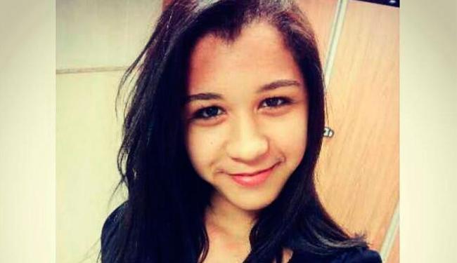 Daniela Rebeca estava na garupa de moto quando foi baleada - Foto: Reprodução | Facebook