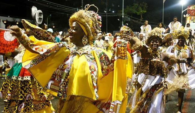 Desfile do bloco afro este ano: olhar se voltará para a cultura baiana em 2016 - Foto: Adilton Venegeroles l Ag. A TARDE l 16.02.2015