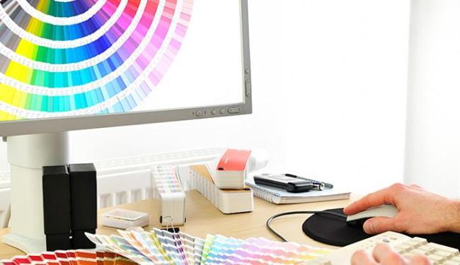 Designer cria logotipos, marcas, embalagens, visual de jornais e revistas, sites e blogs para intern - Foto: Divulgação
