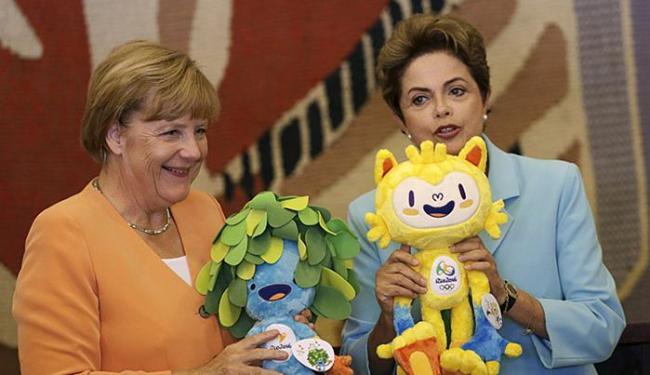 Presidente aproveitou a visita da chanceler alemã ao Brasil para reforçar a importância da parceria - Foto: Ueslei Marcelino l Reuters