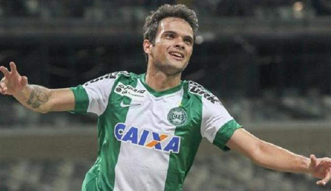 Norberto chega para ser mais uma opção na lateral direita do Vitória - Foto: Divulgação   CFC