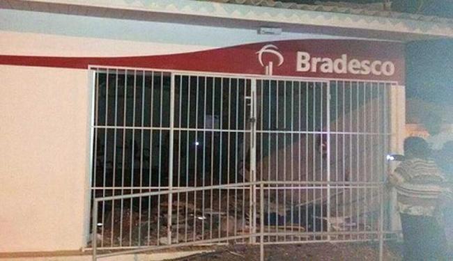Agência do Bradesco foi um dos alvos dos bandidos - Foto: Naldinho Beira Rio | Beira Rio Notícias