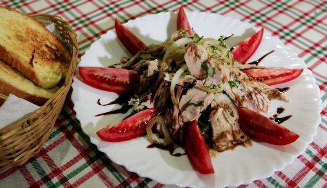 A salada de atum é uma das novidades do cardápio - Foto: Lúcio Távora | Ag. A TARDE